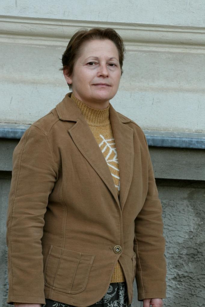 prof. Bantus Adela (franceza)